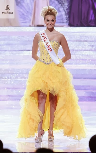 Sashes And Tiaras The Worst Beauty Pageant Gowns Of 2013