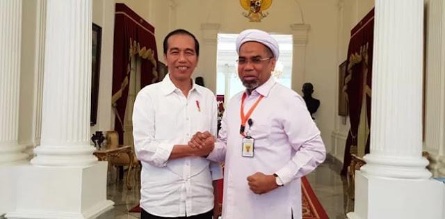 Ali Mochtar Ngabalin Digaji Negara Bukan Untuk Kepentingan Jokowi