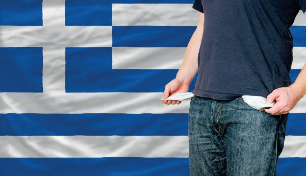 Παγιδευμένοι στην δια βίου φτώχεια οι Έλληνες
