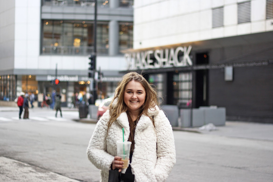 Chicago Travel Tips, Windy City Travel Guide, Travel Blogger, Lifestyle Blogger, College Blogger, Shake Shack
