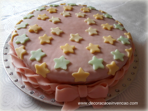 bolo de estrelinhas