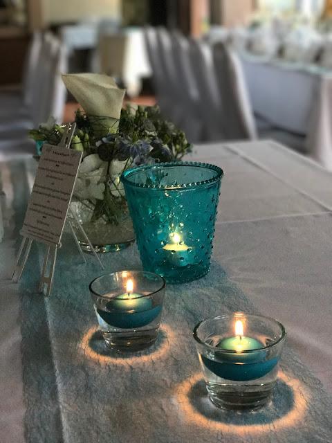 Candlelight, Hochzeitsmotto Flug der Kraniche, 1000 Origami-Kraniche zur Hochzeit, heiraten im Riessersee Hotel Garmisch-Partenkirchen, Bayern, Hochzeitsplanerin Uschi Glas, petrol und weiß