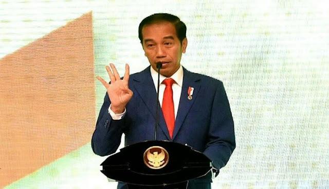 Sindir Jokowi, #4TahunDibohongi Trending di Twiter