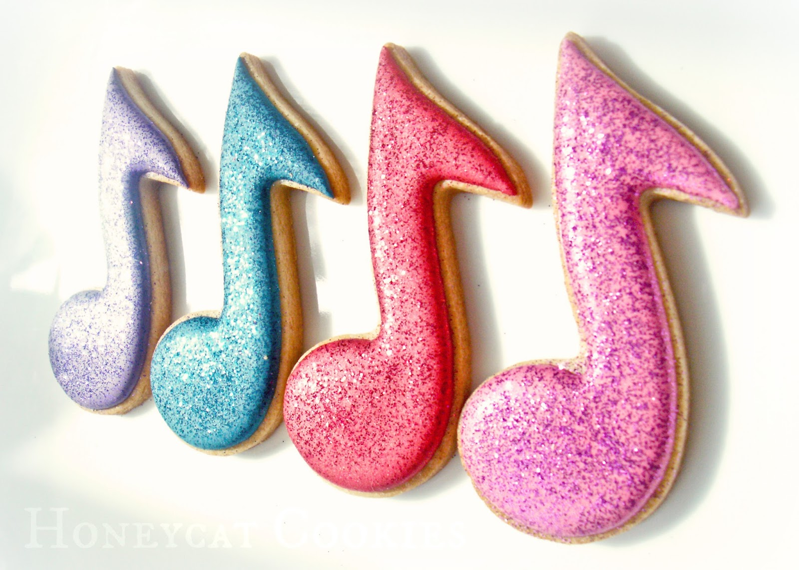 Musical Note cookies made with disco dust, or 'non toxic' glitter. Cookies by Honeycat Cookies, glitter by Rainbow Dust.