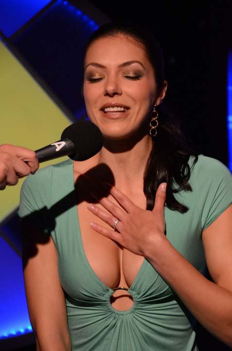 Adrianne curry rides sybian 7