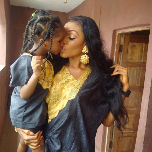 Social media wreaks insult on woman for kissing little daughter on the lips