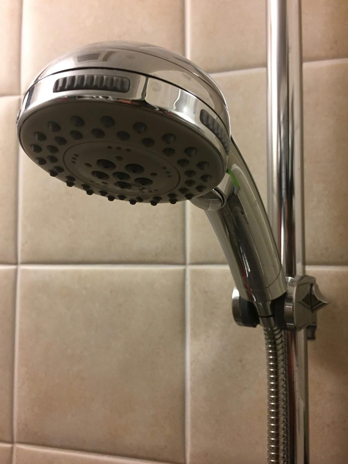 交換 シャワー ヘッド