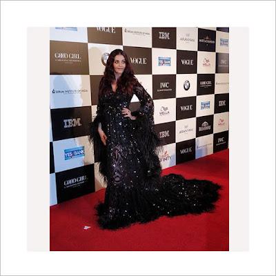 Vogue-Woman-Of-The-Year-2017_Aishwarya-Rai-Bachchan.jpg
