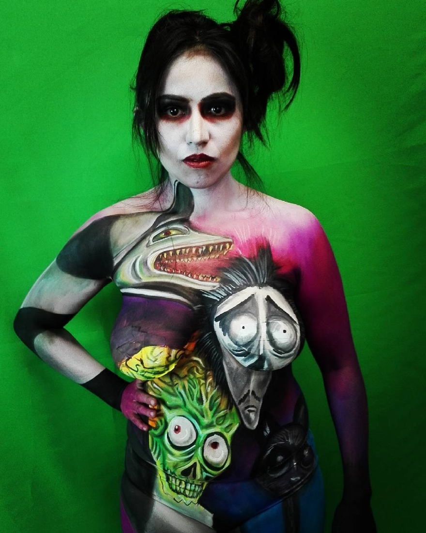 11-Tim-Burton-Beatlejuice-Alexander-Ojodelince-Body-Painting-that-Transforms-you-into-Art-www-designstack-co