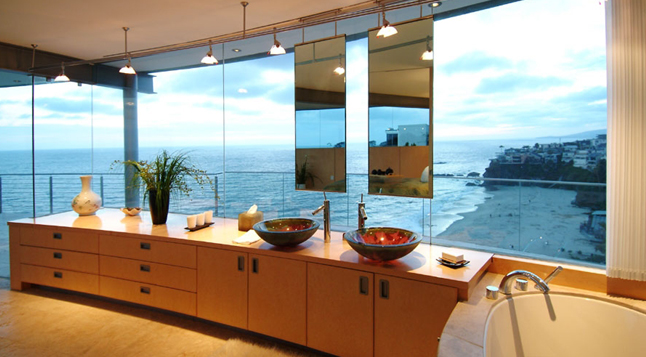 Picture of the ocean as seen from the modern bathroom in the beach house