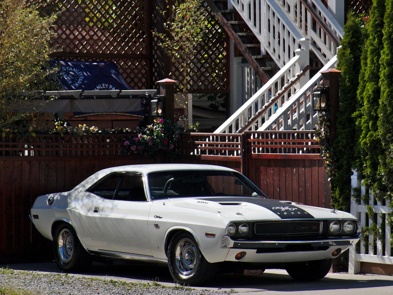 old parked cars vancouver 1970 dodge challenger r t. Black Bedroom Furniture Sets. Home Design Ideas
