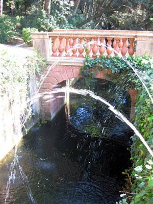 Canal Romantico en el Parc del Laberint