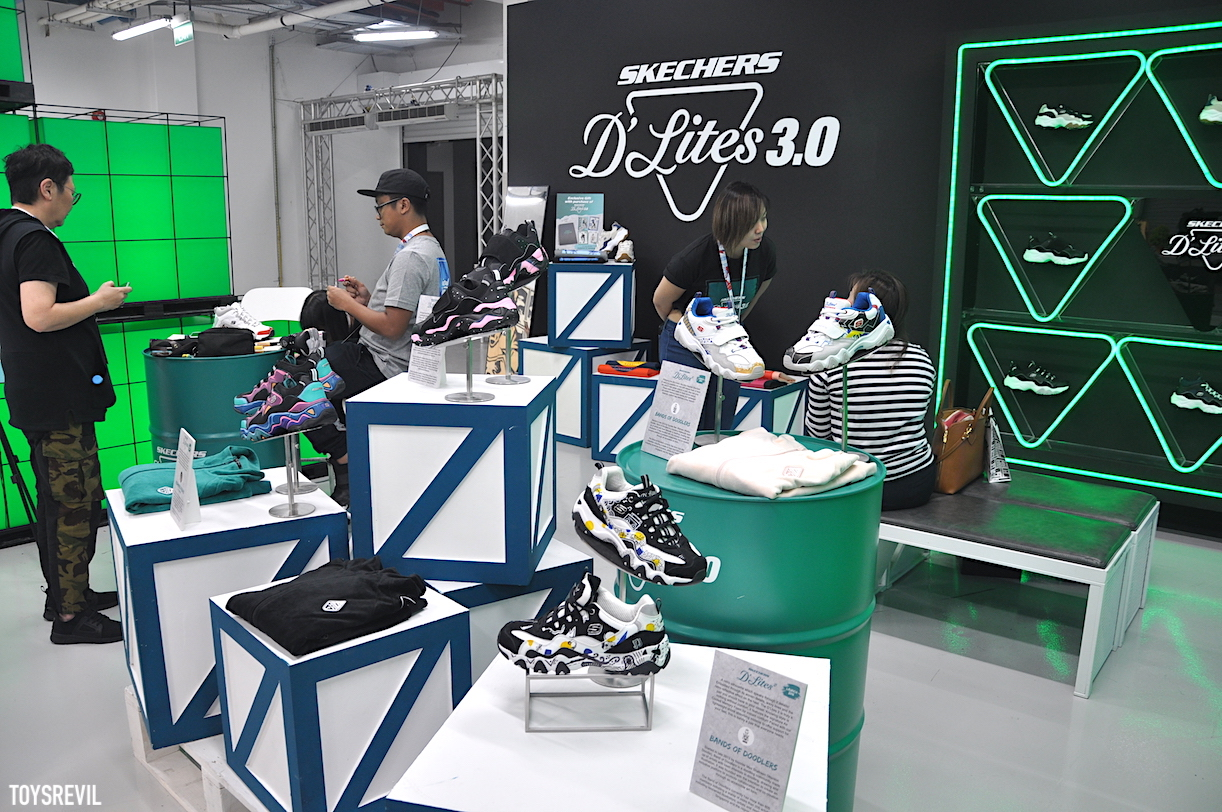 0db0b21a8 ... more images of the booth and other sneakers to be seen in this Facebook  album - which includes customs by Mas Shafreen (AKA Wanton Doodle) and  Marina A.
