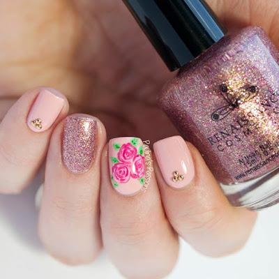 uñas decoradas con rosas