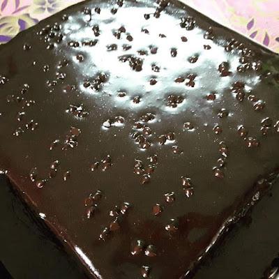 Cake Chocolate Moist With Chocolate Ganache Yang WOW!!