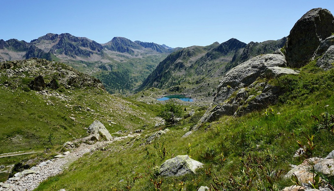 The trail to Pas de Tesina