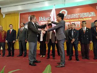 Irfan Suryadiata Resmi Dilantik Jadi Ketua IKADIN Kota Mataram