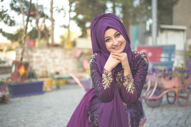كيف أتعامل مع زوجي في رمضان؟ نصائح للزوجة.