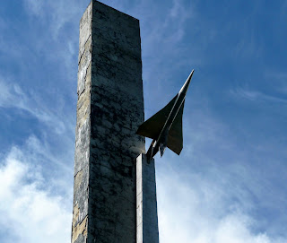 Жолква. Памятник Петру Нестерову