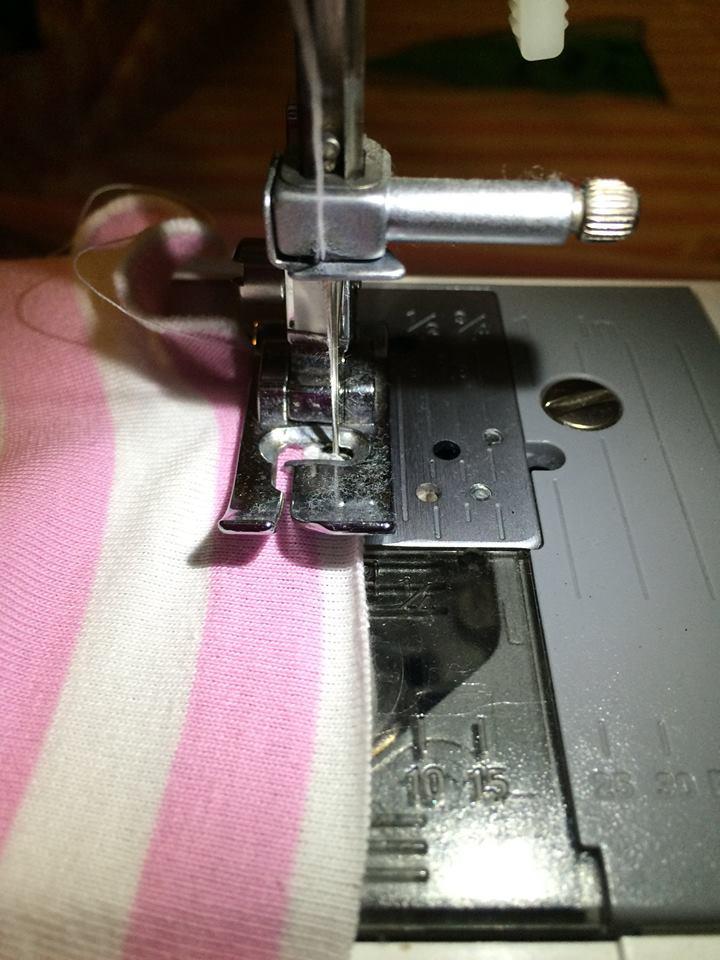 lolletroll & friends  rollsaum mit der nähmaschine oder  ~ Nähmaschine Zieht Unterfaden Nicht