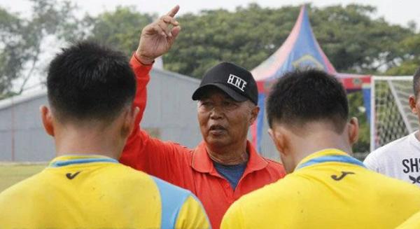 Dituntut Mundur, Pelatih Persegres Gresik Pasrah