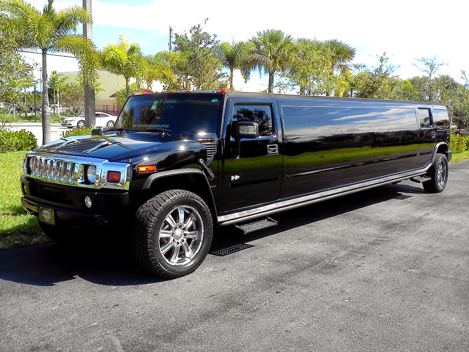 Luxury Limousines and Party Buses Picking The Perfect South
