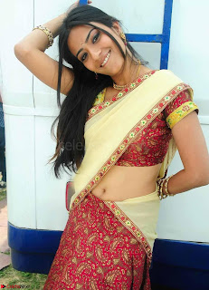 Bollywood Actress in Saree Spicy Pics 22.jpg
