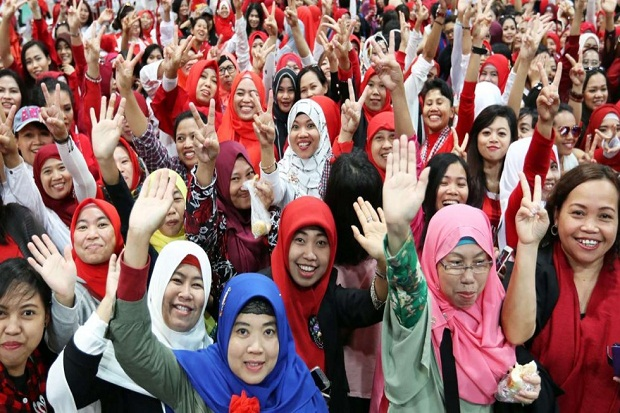 Lawatan Ke Hong Kong, Jokowi Disambut Demo TKI Hong Kong - BeritaIslam24 = OpiniBangsa