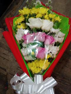 Hand Bouquet Mawar (WS-120)