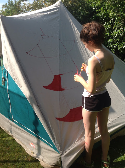 painting a cabanon 4 man pyramid tent with fabric paints