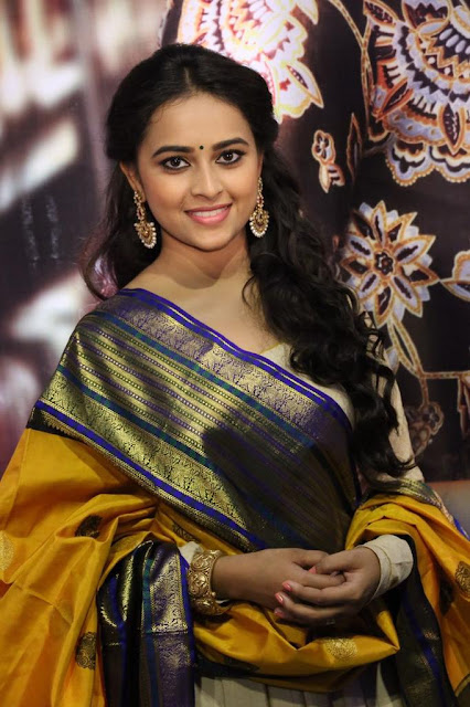Sri Divya at Kaashmora Audio Launch