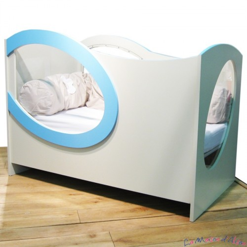 lit bebe 2 ans. Black Bedroom Furniture Sets. Home Design Ideas