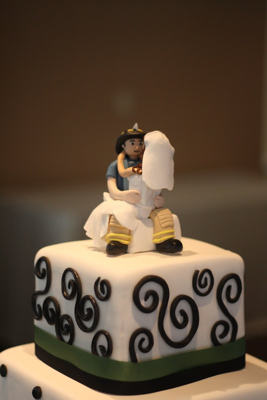 Becca S Blue Bakery Bride And Groom Fondant Figurine