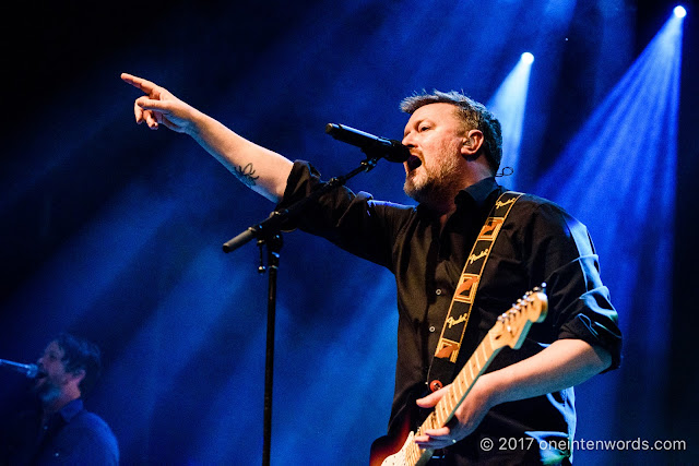 Elbow at The Danforth Music Hall on November 6, 2017 Photo by John at One In Ten Words oneintenwords.com toronto indie alternative live music blog concert photography pictures photos