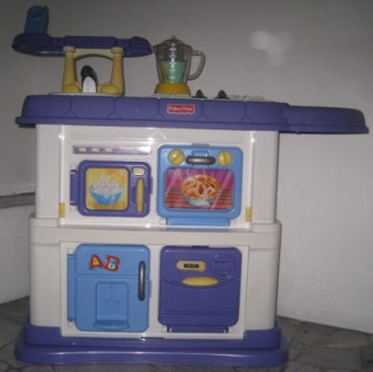 Fisher Price Grow With Me Kitchen Blender