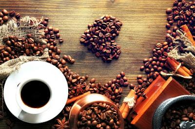 Quem bebe café vive mais