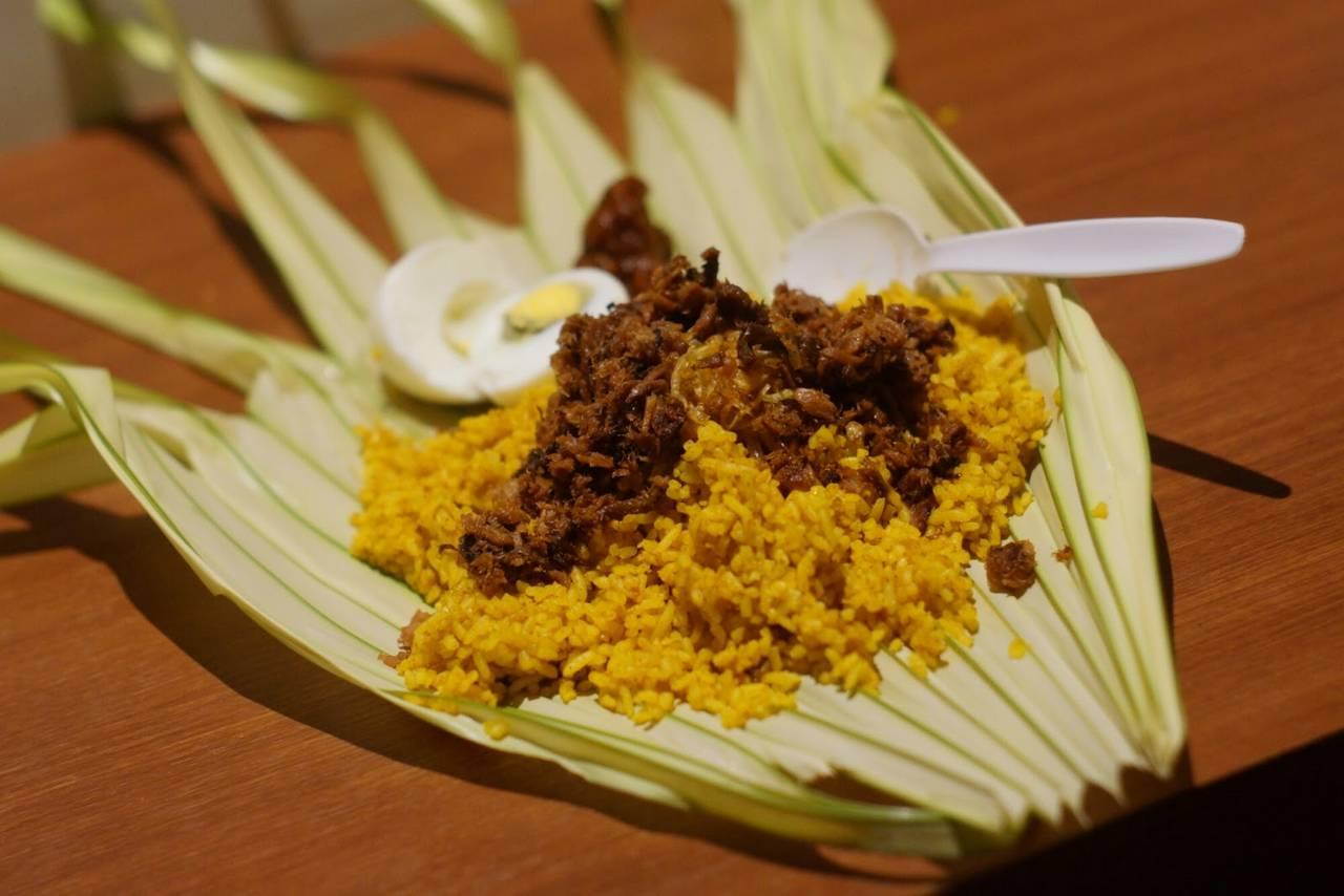 Masakan Manado dari Olahan Ikan (10tempat-wisata.blogspot.com)