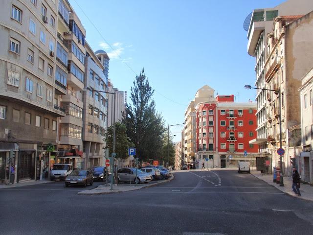 Resultado de imagem para Avenida do Duque de Loulé anos 60