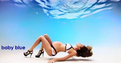 gambar keren ibu hamil di kolam renang