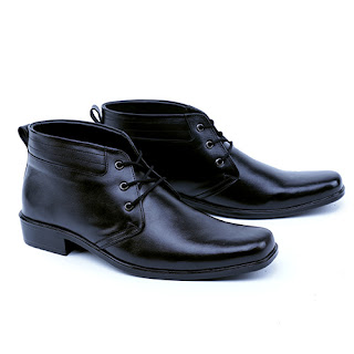 Sepatu pdh polri kulit asli,grosir sepatu PDH murah,sepatu tni kulit pake resleting,gambar sepatu PDH Tni polri bertali,sepatu dinas polisi,pengrajin sepatu cibaduyut