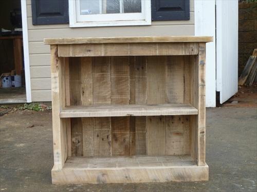 Multi Purpose Wooden Pallet DIY Nightstand