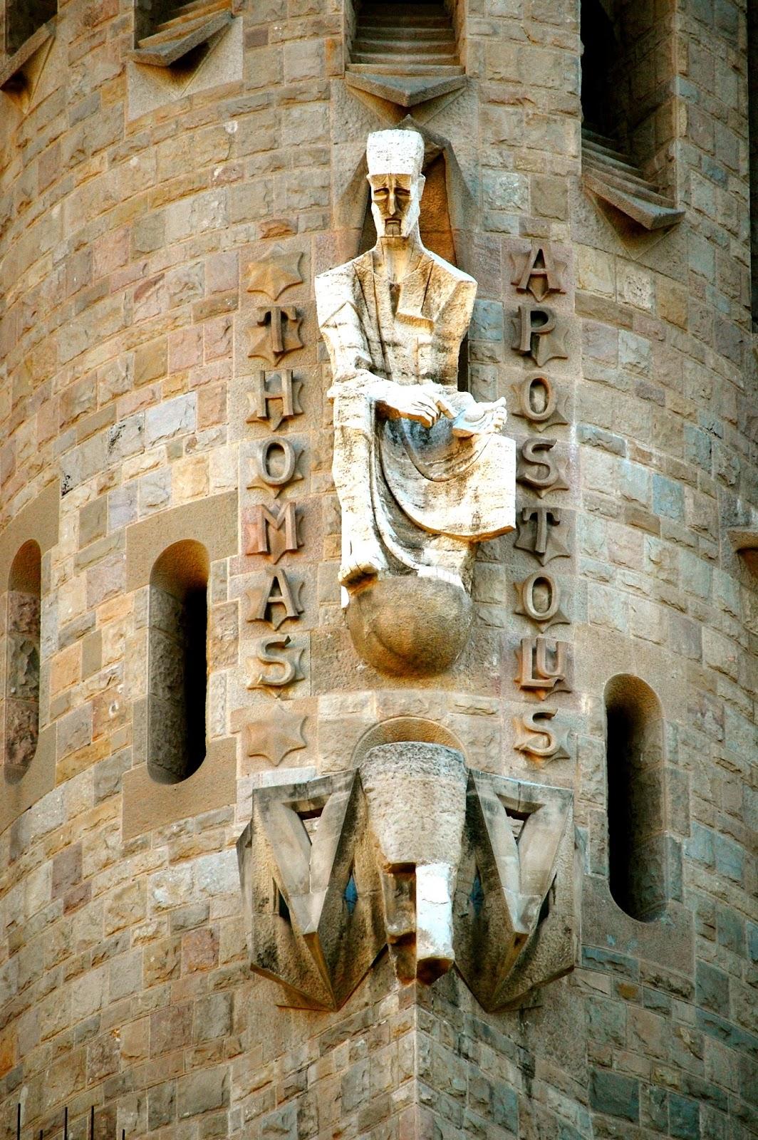 Sagrada Família — Passion Facade