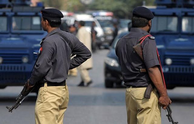 مؤلم| شاب يقتل أفراد أسرته جميعًا في باكستان والسبب صادم للجميع !! تعرف عليه