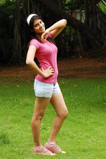 Sayenthara (3).jpg