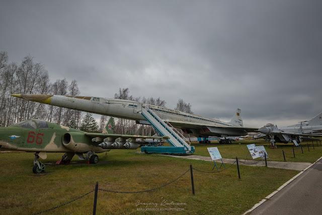 Самолет в центральном музее ВВС в монино