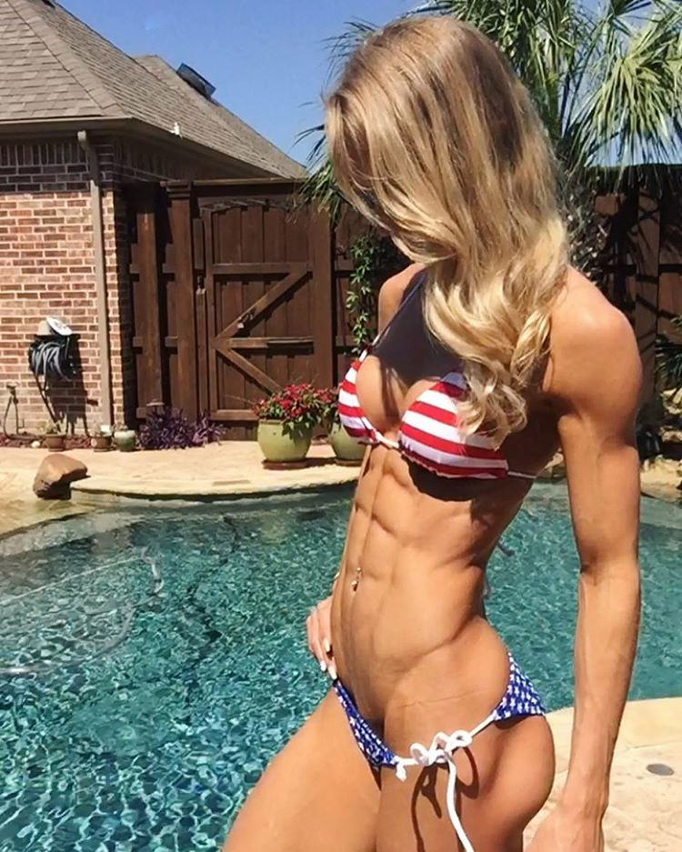 Fitness model Rachel Scheer from US