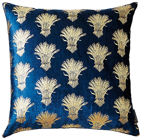 Decorative Throw Pillows for Beautiful Home