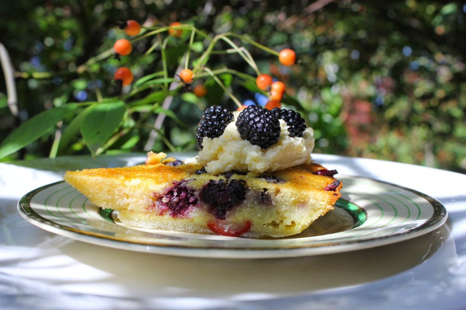 Clafoutis with wild fruits - gluten free recipe