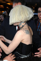 Lady-Gaga-Daisy-Tattoo