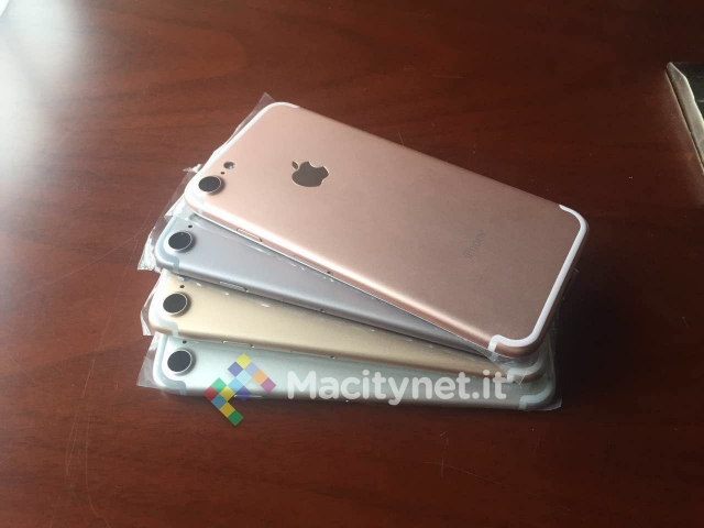 In the leaked photos, we can see the color option of iPhone 7 is same as in previous iPhones colors as Rose Gold, Space Gray, Gold, and Silver.
